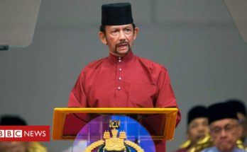 Gay Sharing Sultan of Brunei hands back Oxford degree over LGBT laws