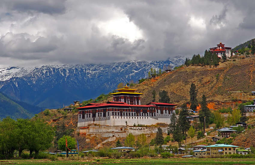 Bhutan mulls axing anti-gay law